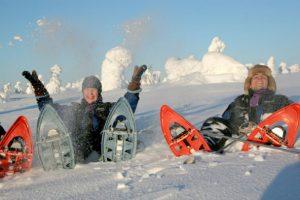 Snowshoes-winter-activity-sealapland-Taxari-Travel