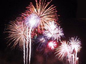 New-Year-Firework-Finland-Sweden-border-Taxari-Travel-Lapland