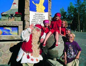 Santa-Claus-Visit-Taxari-Travel-Lapland-01