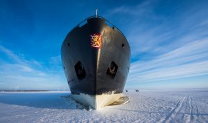 Icebreaker-Sampo-cruise-Kemi-activity-Taxari-Travel-Lapland