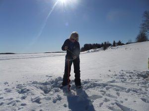 Ice-fishing-Kemi-Taxari-Travel-Lapland-04