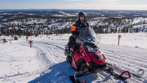 Snowmobile-safari-Levi-Winter-Taxari-Travel-Lapland-05