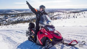 Snowmobile-safari-Levi-Winter-Taxari-Travel-Lapland-02