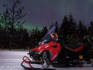 Aurora-Snowmobile-safari-Taxari-Travel-Lapland-01