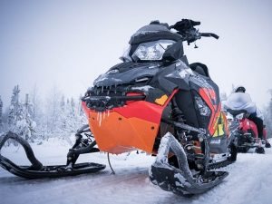 Arctic-Snowmobile-safari-Taxari-Travel-Lapland-02