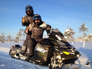 Forest-adventure-Rovaniemi-snowmobiles-Taxari-Travel-Lapland