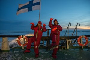 Icebreaker-cruise-Ice-floating-Sampo-Taxari-Travel-Lapland